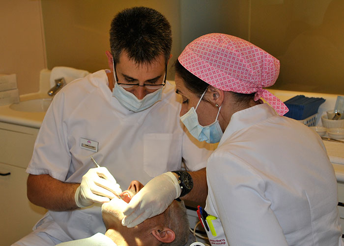 Impalnatología clinica minerva Montcada