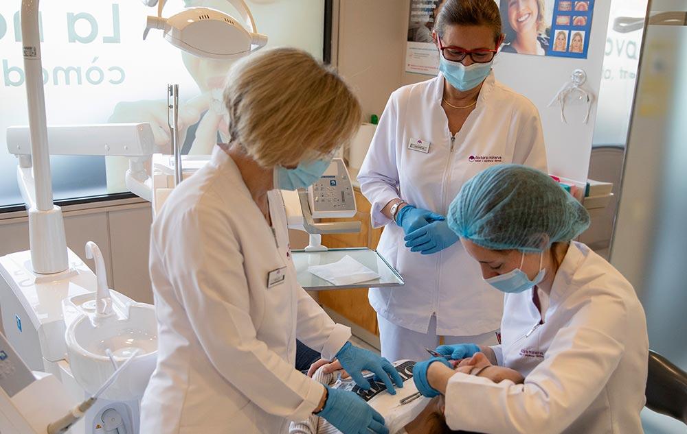 ortodoncia invisalign montcada